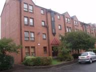 Ground Flat to rent in Budhill Avenue, Glasgow...