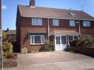 3 bed semi detached house in Miskin Road, Hoo