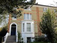 Apartment to rent in The Barons, St Margarets...