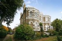 2 bedroom Apartment in Rosslyn Road...