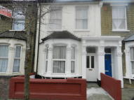 Ground Flat to rent in Daubeney Road, London, E5