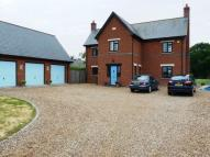 4 bedroom property to rent in The Lodge, Fen Lane...