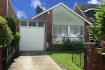 2 bed Bungalow in Emanuel Road...