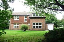 5 bedroom Detached house to rent in Vicarage Lane West...