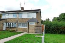4 bedroom semi detached property to rent in Hyde Way, Wickford, Essex