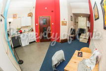 3 bedroom Flat in Russell Street...