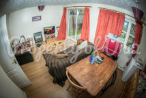 semi detached home to rent in Sandpiper Way, Lenton...