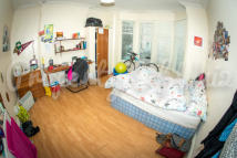 Terraced home to rent in Lenton Boulevard, Lenton...
