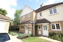 3 bed semi detached house in Willow Close Banstead