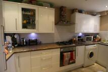 3 bedroom Flat to rent in Heathfield Court, Sutton