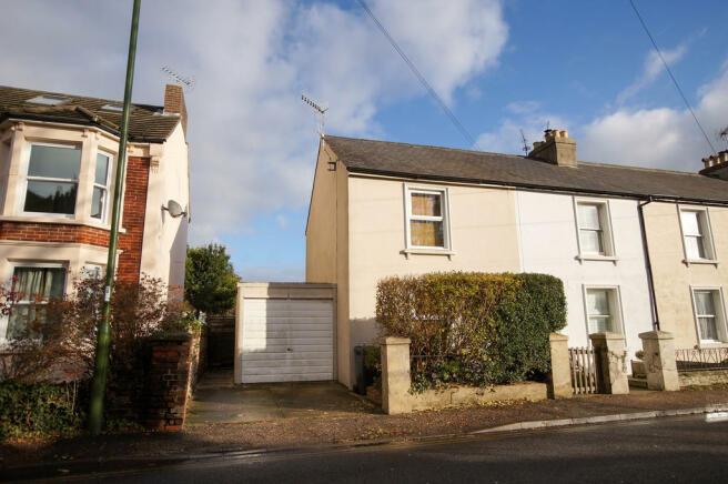 2 Bedroom Terraced House To Rent In Bognor Road