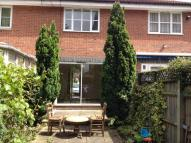 2 bed semi detached property in Mapeshill Place Willesden