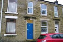 4 bedroom Terraced house to rent in Andrew Street, Mossley...