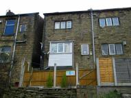 Apartment to rent in Manchester Road, Mossley...