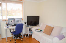 1 bed Studio flat to rent in Callow Street, London