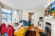 4 bed Terraced house in Warriner Gardens, London