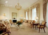 Flat in Hyde Park Gate, London