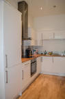 Flat to rent in London Street, London