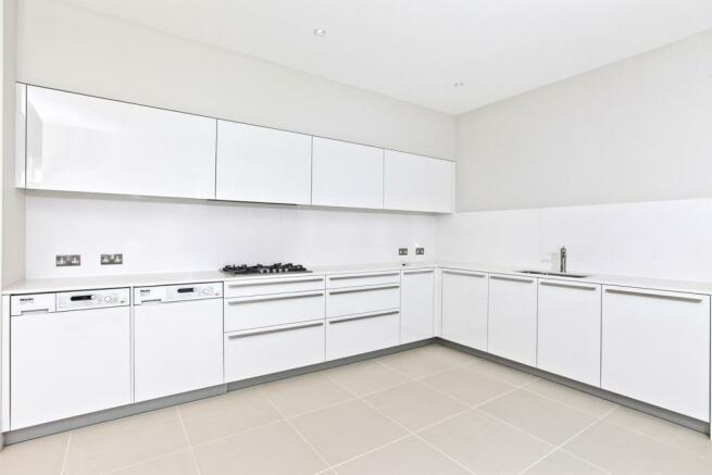 Kitchen in Cadogan G