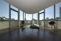 Penthouse to rent in Great Eastern Street...