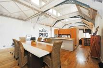 Apartment for sale in Brune Street, London