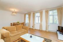 2 bed Flat in Leonard Court...