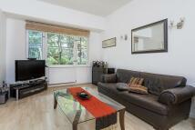 Flat to rent in Southwick Street, London...