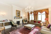Flat to rent in Hampshire House...
