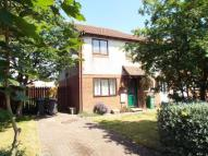 End of Terrace house to rent in Gleneagles Drive...