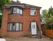 Flat to rent in Burwash Road, Heathfield...