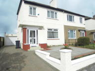Semi-detached Villa to rent in Graffham Avenue...
