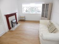 1 bedroom Flat to rent in Glenmuir Drive, Glasgow...