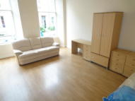 6 bed Flat to rent in Arlington Street...