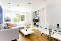 2 bedroom Apartment to rent in Carlton Drive, London...