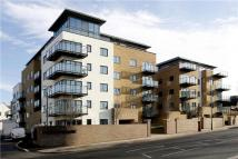 1 bedroom Apartment in Roehampton Lane, London...