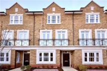 4 bed Town House to rent in Holford Way, London, SW15