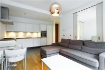 1 bed Apartment in Rayners Road, London...