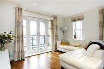 Apartment in Bader Way, London, SW15