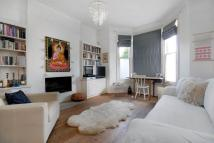 Flat to rent in Buller Road, Kensal Rise...