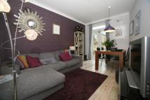 2 bed Flat in Buchanan Gardens, London...