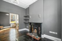 3 bedroom property to rent in Rainham Road, London...