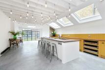 4 bedroom Terraced property in Linden Avenue, London...