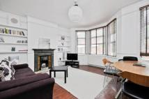 Flat for sale in Bathurst Gardens...