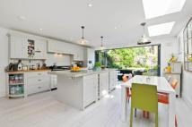 4 bed Terraced property in Creighton Road, London...