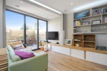 2 bed Flat in Donaldson Road, London...