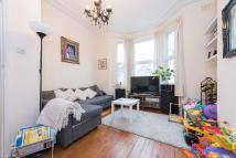 Flat to rent in Wakeman Road...