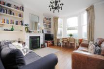 2 bedroom Flat to rent in Holland Rd, Kensal Rise...