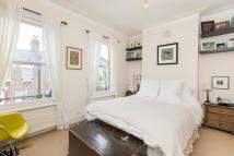2 bed house to rent in Huxley Street, W10