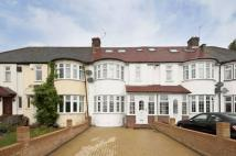 4 bedroom house for sale in Mays Lane, High Barnet...