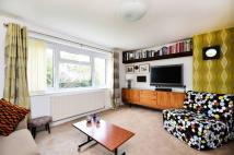 Flat in Park Road, East Barnet...
